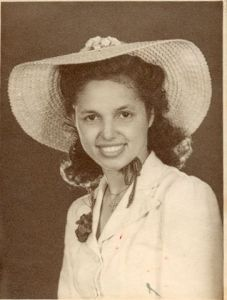 Mom-engagement_1943